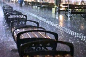 4 Tips Piknik Ketika Musim Hujan, Wisata Tetap Asyik dan Menyenangkan